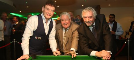 Snooker legend Jimmy White helps the London Irish Ward appeal hit £500,000!